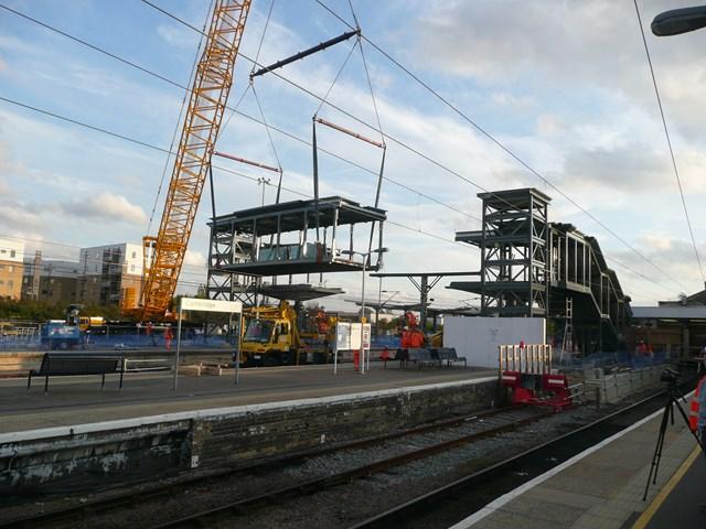 NEW FOOTBRIDGE BRINGS BIGGER, BETTER RAILWAY CLOSER FOR CAMBRIDGE: New footbridge for Cambridge