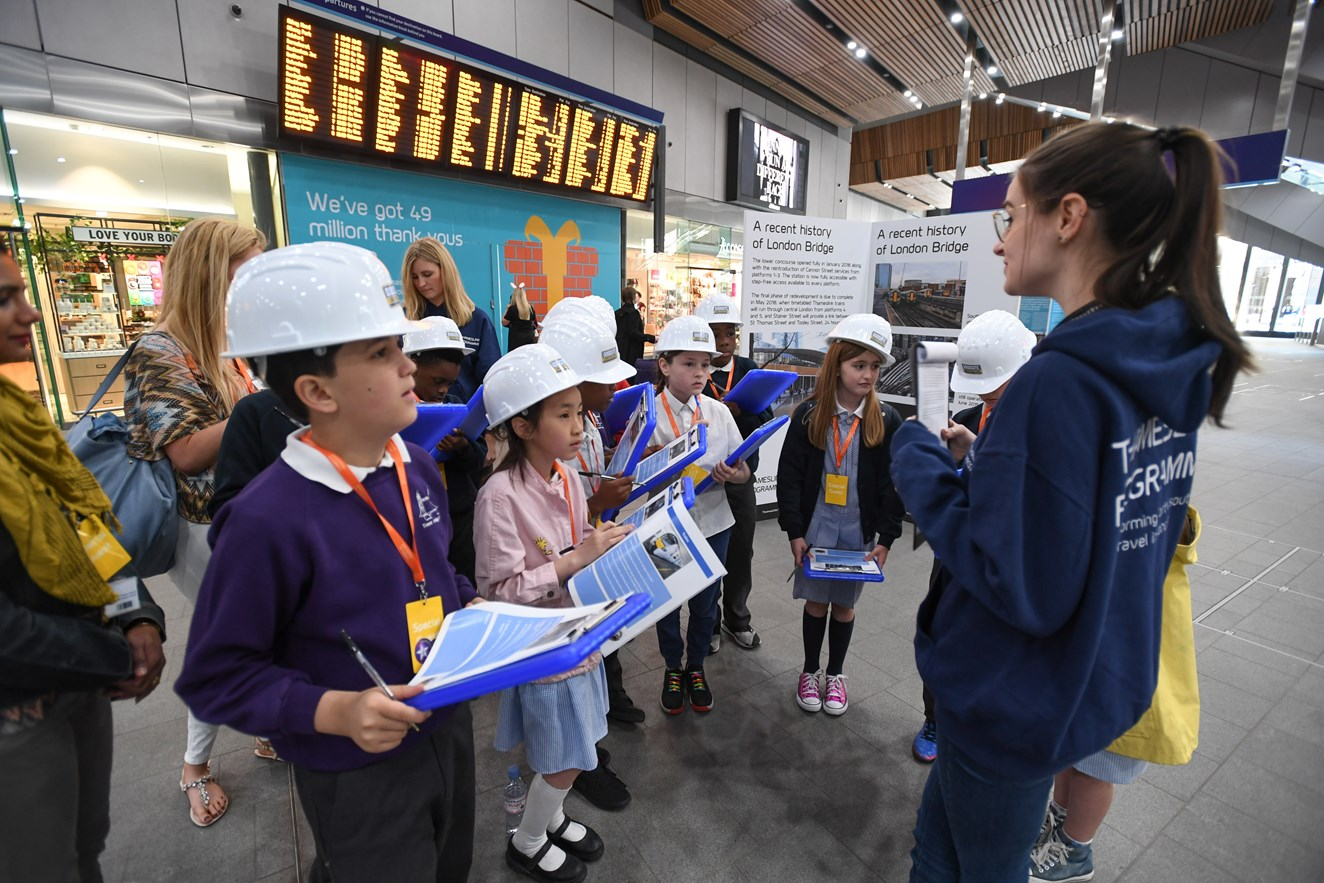 Picture Caption: Children from local primary school learn about London Bridge station and reopening on a 'Treasure Hunt': CW1 7249