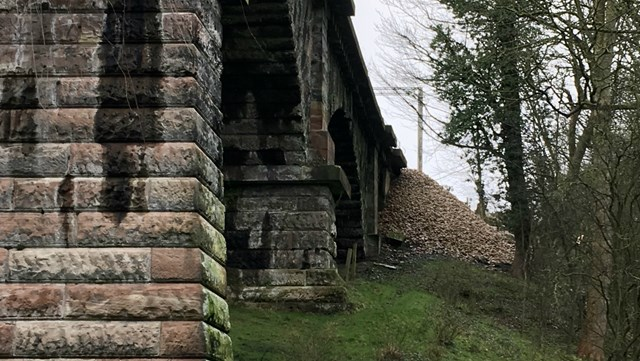 380 tonnes of stone to reinforce landslip at Dutton Viaduct near Warrington