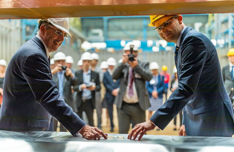 Saga's keel-laying for second new ship Spirit of Adventure' heralds a new era in Saga's history': Kiellegung Spirit of Adventure MG 0901
