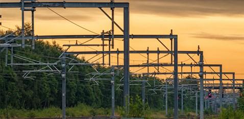 Overhead wires on Edinburgh-Glasgow route