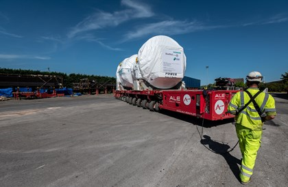 World-leading Keadby 2 turbine arrives at its North Lincolnshire home: 7-27
