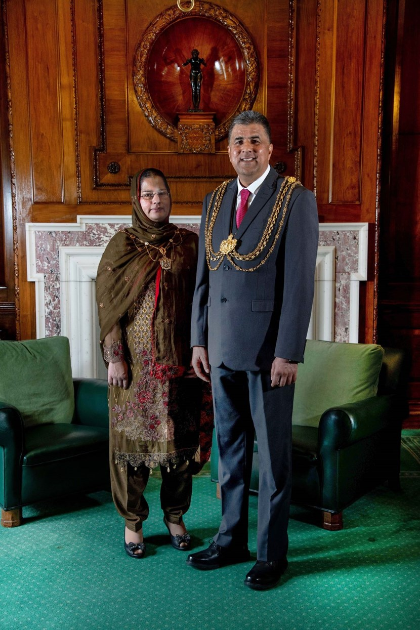 New Leeds Lord Mayor officially announced: The Lord Mayor, Councillor Asghar Khan and the Lady Mayoress, Robina Kosar