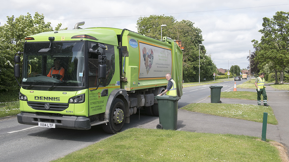 Council gives householders tips for safe waste collection during COVID: Ryedale District Council waste and recycling collection