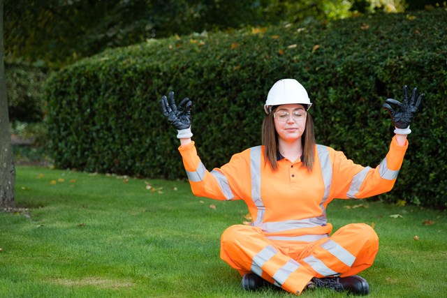 Fearne Cotton and Paul Merson join Rail Wellbeing Live 2021 line-up: Rail staff meditating
