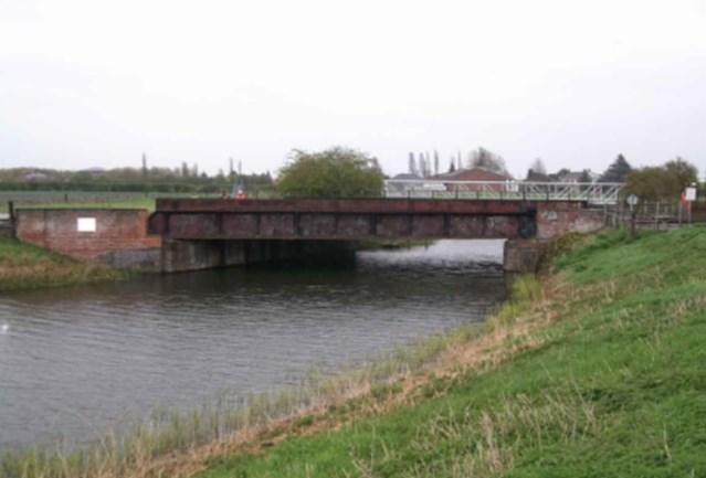 Network Rail to upgrade Lincolnshire rail bridge: Vernatts Drain